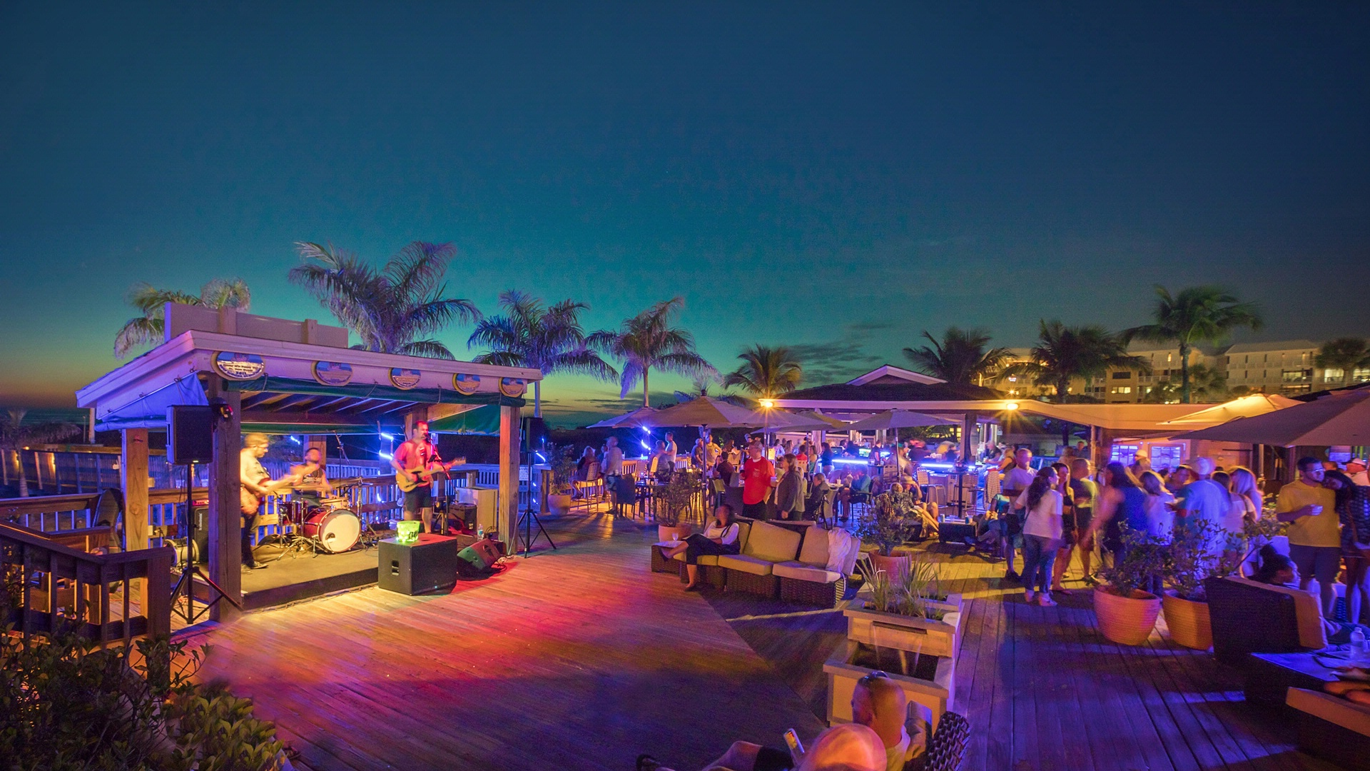 The Beachcomber | St  Pete Beach Hotel